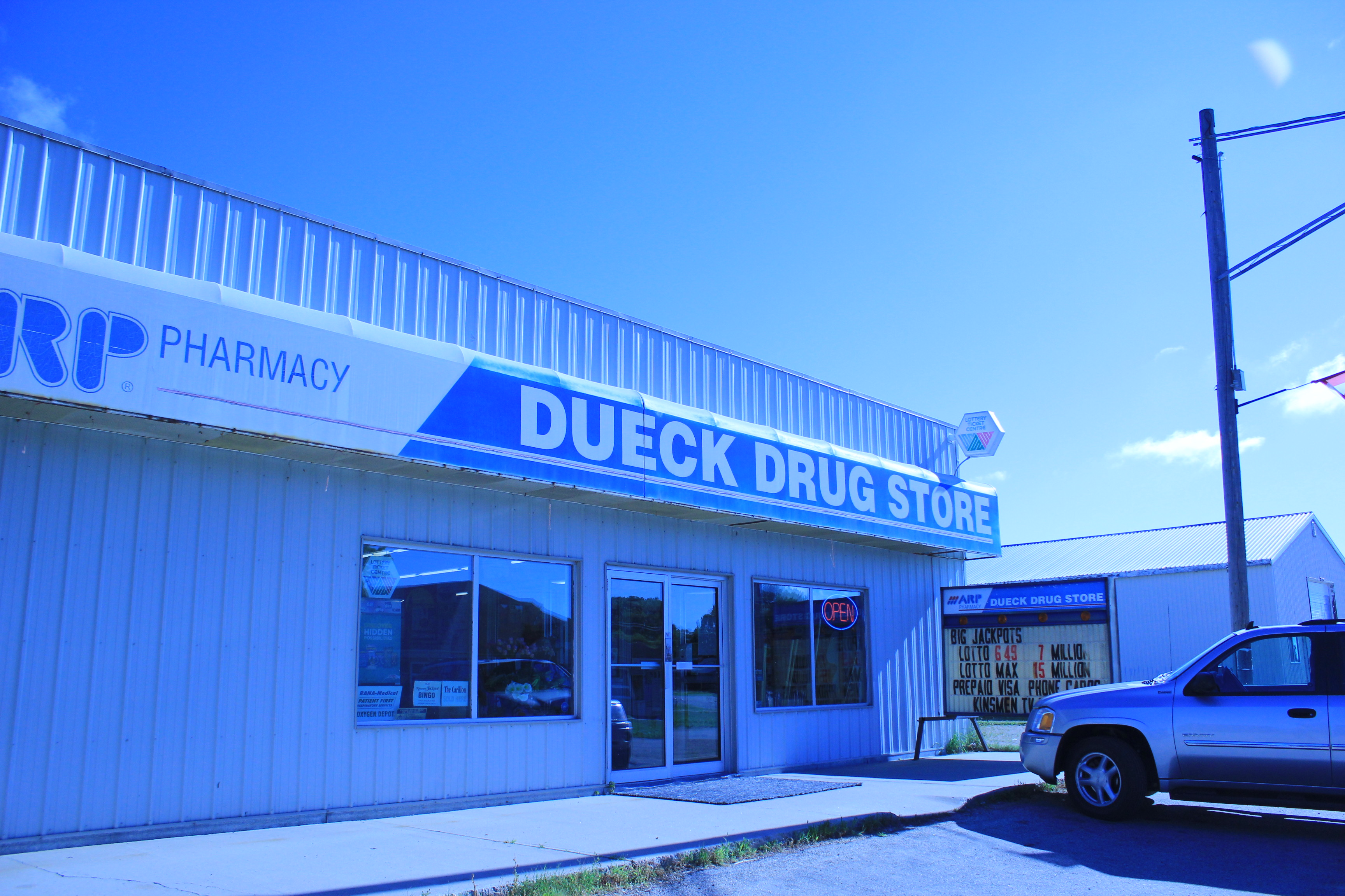 Dueck Drug Store